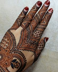 Latest Mehendi Designs for Hands & Legs - Happy Shappy Stylish Mehndi Designs, Mehndi Design Pictures, Best Mehndi Designs, Arabic Mehndi Designs, Beautiful Mehndi Design, Mehndi Images, Bridal Mehndi Designs, Mehandi Designs, Hena Designs