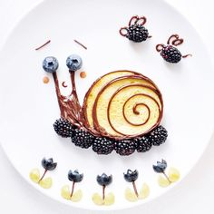 Breakfast snail by D