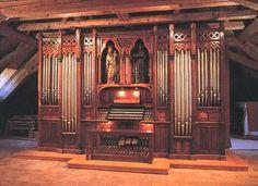 Albert Alain, né à Saint-Germain-en-Laye, le 1er mars 1880, commune où il est mort le 15 octobre 19711, est un organiste et compositeur français. Passionné de facture d'orgue, il construit au fil des ans (1911-1970) un instrument à 4 claviers et 43 jeux dans sa maison. Il est le père de quatre enfants aux dons exceptionnels : Jehan (1911-1940), Marie-Odile (1914-1937), Olivier (1918-1994) et Marie-Claire (1926-2013).