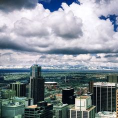 A view from the top at Denver's most distinguished venue. Panoramic views from Grand Hyatt Denver's Pinnacle Club look out on more than 10,000 miles of the snowcapped Rocky Mountains. Photo by @evelynalauer.