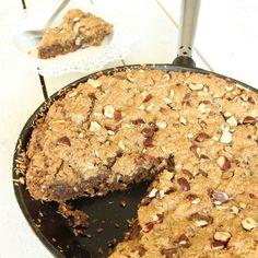 Cookie i stekpanna. Yummy Cookies, Yummy Treats, Sweet Treats, American Cake, Fudge Brownies, Fika, Cookie Desserts, Kitchen Recipes, Cravings