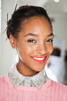 jourdan dunn // coral-red lipstick and clean face #makeup #beauty