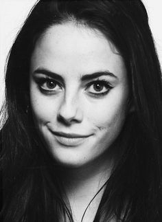 Kaya Scodelario is my hero and i love her and i want to be her