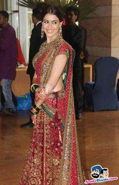 Indian Media - Get Well Soon! Indian Bridal Lehenga, Indian Bridal Wear, Indian Wedding Outfits, Bridal Outfits, Indian Sarees, Indian Wear, Indian Outfits, Bridal Dresses, Indian Style