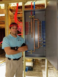 Build a PEX-a Uponor Manifold: Step Take a badass picture next to your handiwork. Water Plumbing, Pex Plumbing, Bathroom Plumbing, Bathroom Fixtures, Bathrooms, Welding Table, Pipe Welding, Espace Design, Mechanical Room