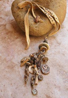 Primitive Talisman Pendant with Sterling Silver von deserttalismans