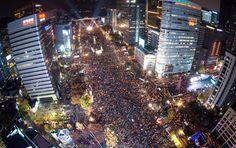 고층건물 6곳에서 본  100만 촛불대행진: 1.55 MILLION PEOPLES MARCHING WITH CANDLE LIGHTS IN THE SEOUL CAPITAL !
