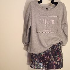 Slouchy Top Hi/Low slouchy sweatshirt top, size M, 60% cotton, 40% polyester, condition is like new H&M Tops