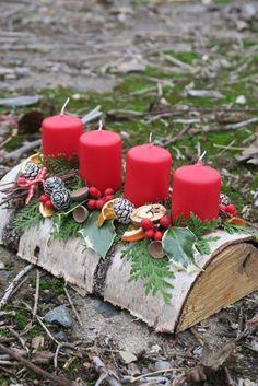 Metabes - Home, Craft and Diy Christmas Tablescapes, Christmas Table Decorations, Christmas Candles, Christmas Trimmings, Christmas Wreaths, Christmas Ornaments, Hanukkah Diy, Deco Table Noel, Classy Christmas