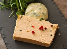 Terrine de saumon & sauce mousseline orange et ciboulette - La Cuisine d'une Gourmande