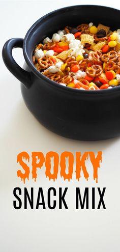 Muffins Halloween, Halloween Snacks For Kids, Halloween Popcorn, Halloween Party Treats, Fall Snacks, Snacks Für Party, Halloween Food For Party, Halloween Recipe, Easy Halloween Desserts