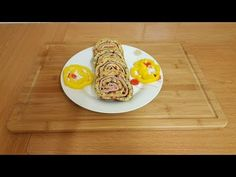 Rulada de cartofi cu cascaval si sunca presata - YouTube Waffles, Make It Yourself, Breakfast, Youtube, Food, Morning Coffee, Essen, Waffle, Meals