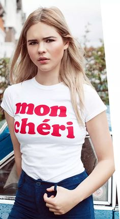 Get those laid back girl gang vibes with this awesome slogan tee! With cute cap sleeves and a bold red ' Mon Cherie' text. Slogan Tops, Cute Caps, Fade Styles, Classic Chic, Mon Cheri, Red S, Cool Style, Bodycon Dress, T Shirts For Women