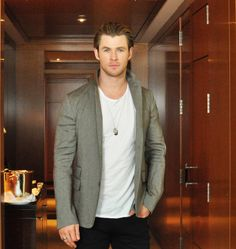Chris Hemsworth - Japan, February 2014