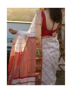 Discover thousands of images about Shop online Handloom maheswari silk cotton sarees with rich shine and comfort Kerala Saree Blouse Designs, Cotton Saree Blouse Designs, Blouse Neck Designs, Cotton Sarees Handloom, Bandhani Saree, Bengali Saree, Indian Silk Sarees, Formal Saree, Cotton Sarees Online