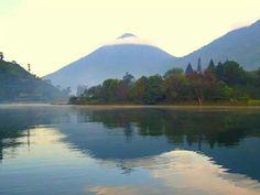 San Lucas Toliman Lake Atitlan, Mount Rainier, Places Ive Been, Beautiful Places, Earth, Explore, Mountains, Country, World