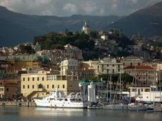 Take a Virtual Tour of Sanremo, Italy: Picture of Sanremo harbor with La Pigna in the background