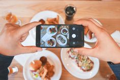 3 ways losing your mobile phone could help your eating #mindfuleating #cellphoneaddiction