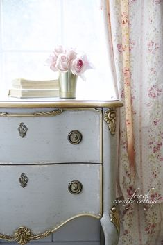 FRENCH COUNTRY COTTAGE: Friday Favorites~ French style chest