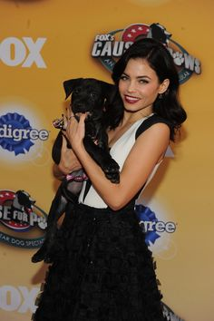 Don't forget to watch Channing Tatum and Jenna Dewan Tatum on Fox's Cause for Paws Thanksgiving special TOMORROW night at 8/7c!