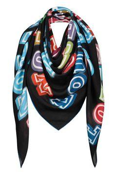 Novo lenço da Louis Vuitton em parceria com o artista Ben Eine