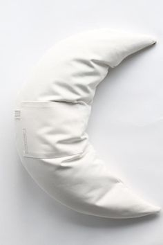 The MoonWomb™ ☾ Pillow with cover. 100% Organic