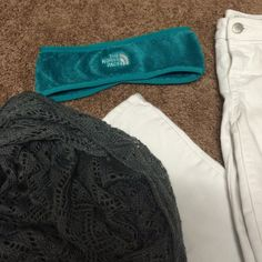 the Northface turquoise ear warmer ‼️ Great condition. Never worn. Gorgeous turquoise color. Perfect for a cold day. Seems very warm. If you have any questions I'd be more than happy to help in any way! No trades. Make me a reasonable offers using button & we will negotiate.  Share my closet, I will share yours.  I ship on the next business day after your purchase  Happy poshing ❤️ North Face Accessories Scarves & Wraps