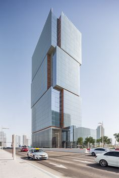 Gallery of Al Hilal Bank Office Tower / Goettsch Partners - 1
