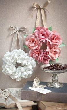DIY Bedroom Decor Ideas - Simple Mini Paper Rose Wreath - Easy Room Decor Projects for The Home - Cheap Farmhouse Crafts, Wall Art Idea, Bed and Bedding, FurnitureThis mini paper rose wreath is so simple to make and create a gorgeous decoration for y Giant Paper Flowers, Paper Roses, Diy Flowers, Fabric Flowers, Flower Wreaths, Hanging Paper Flowers, Flower Diy, Flower Ideas, Flower Wall