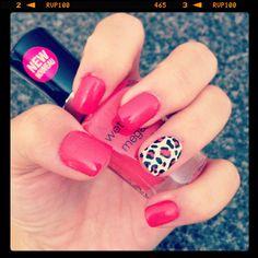 Pink (or red!) & cheetah design nails