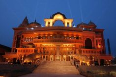 You can have loads of fun at Kingdom of Dreams in #Gurgaon. It's a blend of entertainment & leisure.
