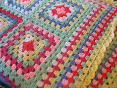 Helen's Colourful Crochet Blankets: A crochet blanket pressie for someone XX