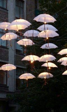 Flotando en paraguas