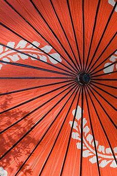 Japan, Kyoto, Red parasol