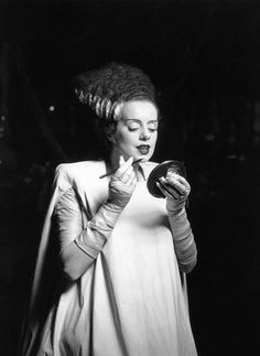 """Elsa Lanchester on the set of 'Bride of Frankenstein', direceted by James Whale. On her maternal instincts: """"I held a baby once. It felt like a bag of hot snakes."""" At least she knew she wasn't cut up for motherhood. Retro Horror, Vintage Horror, Gothic Horror, Old Hollywood, Classic Hollywood, Hollywood Glamour, Hollywood Homes, Hollywood Actresses, Godzilla"""