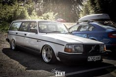 Rare volvo 240, I have so much want for one of these cars, there is one in my local scrapyard.