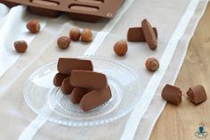 Gianduiotti, ricetta dolce piemontese realizzata con cioccolato e nocciole Nutella, Cookies, Desserts, Chowder, Tailgate Desserts, Biscuits, Deserts, Dessert, Cookie Recipes