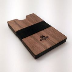 Walnut Handmade Wood Wallet / Slim wooden wallet / credit card wallet / GenteelWood wallet / Minimalistic wallet / Chirstmas gift