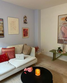 Living Room Inspiration, Home Decor Inspiration, Home Living Room, Living Room Decor, Apartment Needs, Home Decor Kitchen, House Rooms, Decoration, Interior Design