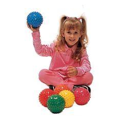 Queste coloratissime palle rivestiti con morbidi rilievi ,realizate in polybal sono adatte per esercitare la presa e stimolare la percettività.