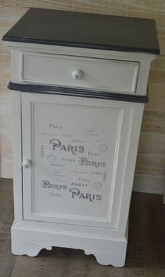 AMATXI Déco Créations – Small furniture made with Old White (Chalk paint TM decorative painting by Annie SLOAN) and inscriptions on the theme of PARIS. Art Deco Furniture, Diy Patio Furniture, Vintage Bedroom Furniture, Deco Furniture, Rustic Furniture, Furniture Makeover, Annie Sloan Painted Furniture, Painted Furniture, Furniture Design Modern