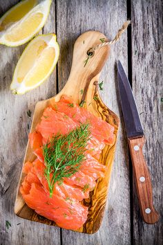 Fish Recipes, Healthy Recipes, Yummy Recipes, Focus Foods, Salmon Sandwich, Bread Appetizers, Fish Dishes, Smoked Salmon, Aesthetic Food