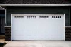 At they believe that high speed and efficiency is what users of Phoenix garage door services need. From garage door repairs and maintenance to many related services, they have served numerous people over the years.