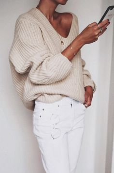 White denim love with knitted baggy milk sweater