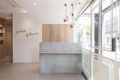 Clinic Interior Design, Clinic Design, Interior Design Business, Salon Design, Salon Reception Area, Reception Desk Design, Boutique Interior, Cafe Interior, Hotel Lobby Design
