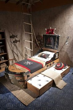 Pirate room decor ship bed, i like the idea of a trendle bed