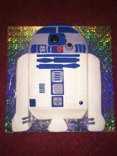 R2-D2 cake that I made for my Star Wars obsessed son