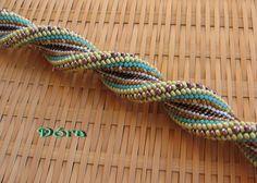 Дора gyöngyei: Дупла csavar (horgolt karkötő)