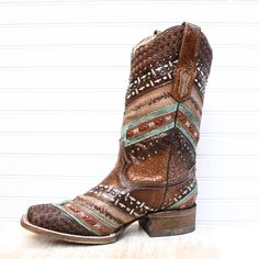 Multi-Color Accent Brown Square Toe Boot Source by kathywkinney Best Cowboy Boots, Cowgirl Boots, Western Boots, Buckle Jeans, Wedding Boots, Square Toe Boots, Cowgirl Style, Cowgirl Fashion, Motorcycle Boots