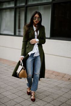 Ultra-Chic Fall Outfits To Try Right Now - (Part 1 Still wondering how to style this fall's key trends? Land smoothly into the new season with 40 of the best fall outfits on the streets right now. Cute Winter Outfits, Fall Outfits, Casual Outfits, Cute Outfits, Look Fashion, Fashion Outfits, Womens Fashion, Runway Fashion, Fall Fashion Trends